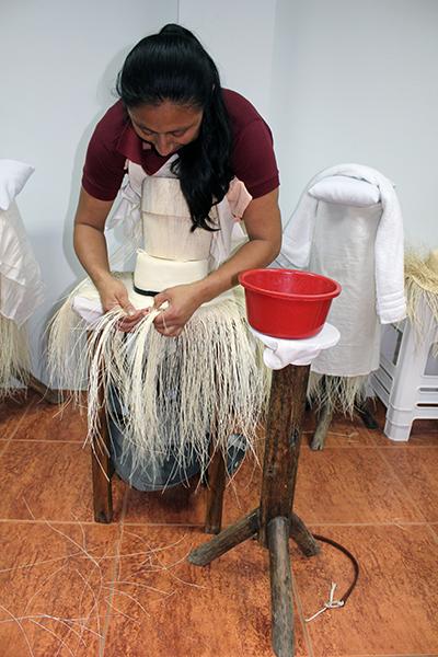 Pile Montecristi Weaver